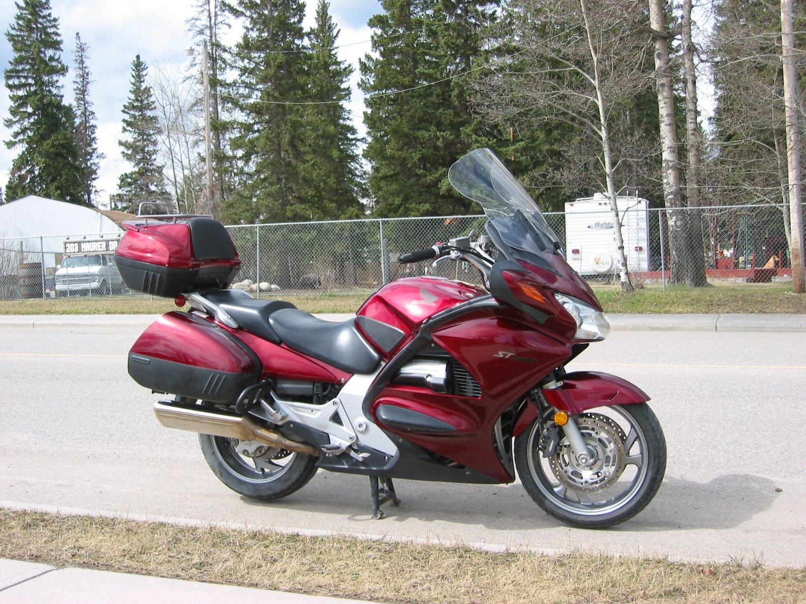 Anyone here ride? What ya got?-1-st1300-may-7-2011-2-.jpg