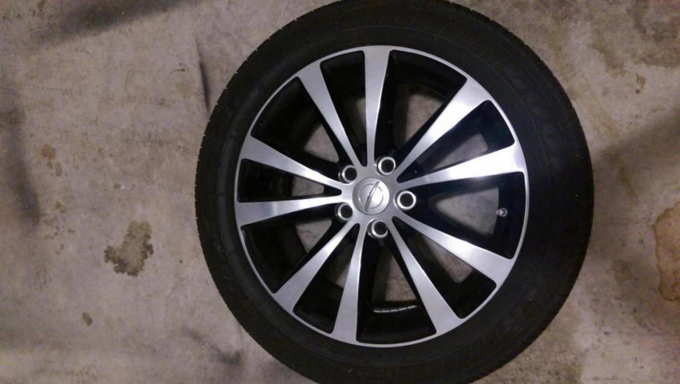 D S Inch Wheels Goodyear Ls Tires