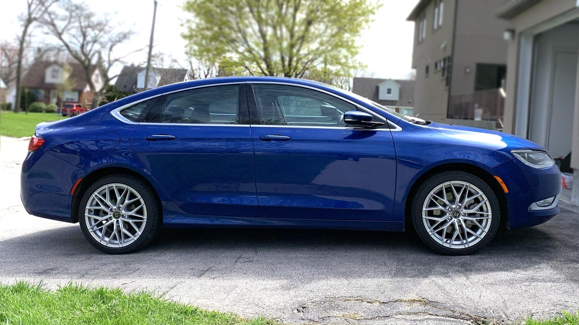 Post a pic of your 200 as it sits-2015-chrysler-200c-v6-awd.jpg