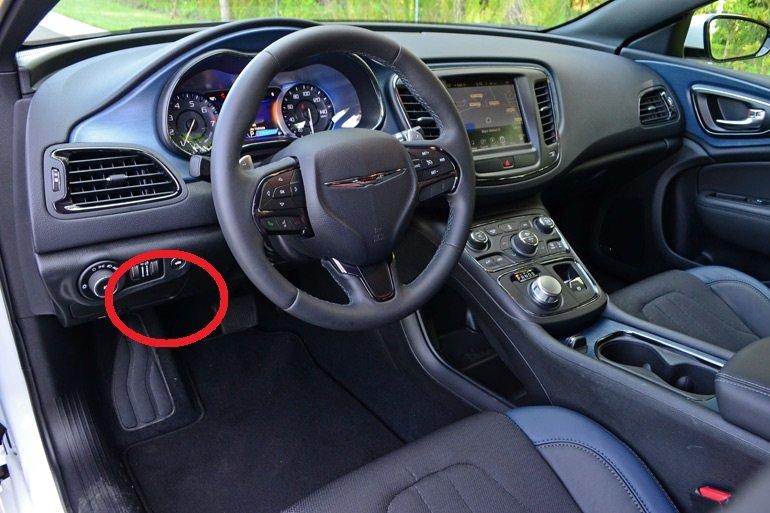 Int fuse box | Chrysler 200 ForumChrysler 200 Forum