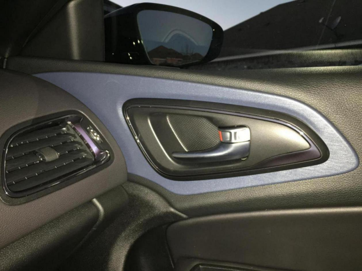 Silver Chrysler 200 >> Anyone know how to remove wood dash pieces/chrome trim?