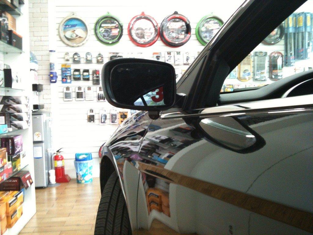 D Rear Camera Backup Sensors Imageuploadedbyautoguide on Rear View Camera 2012 Chrysler 200
