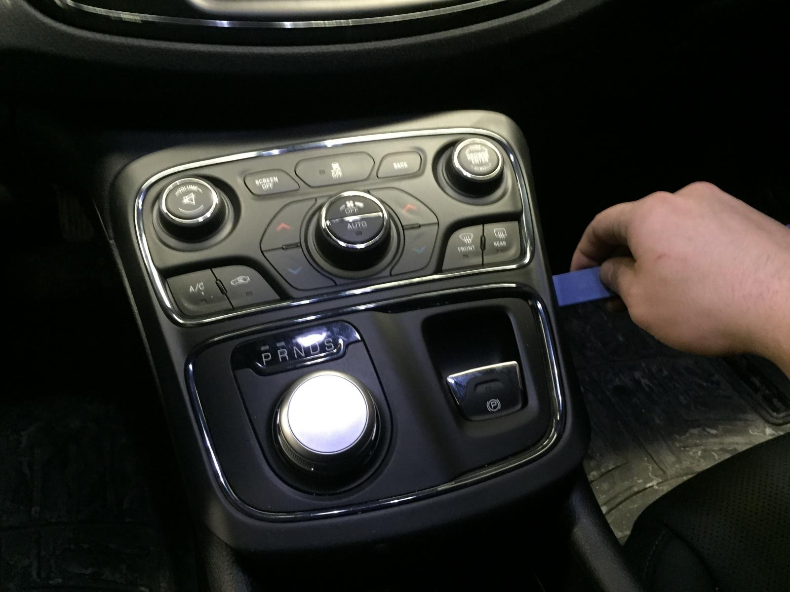 HOW-TO: Cup Holder LED Lighting-img_0279.jpg