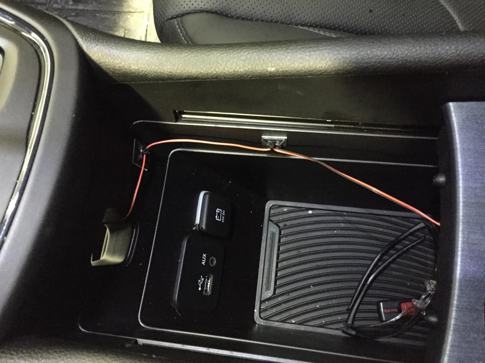D How Cup Holder Led Lighting Img on 2015 Chrysler 200 Battery