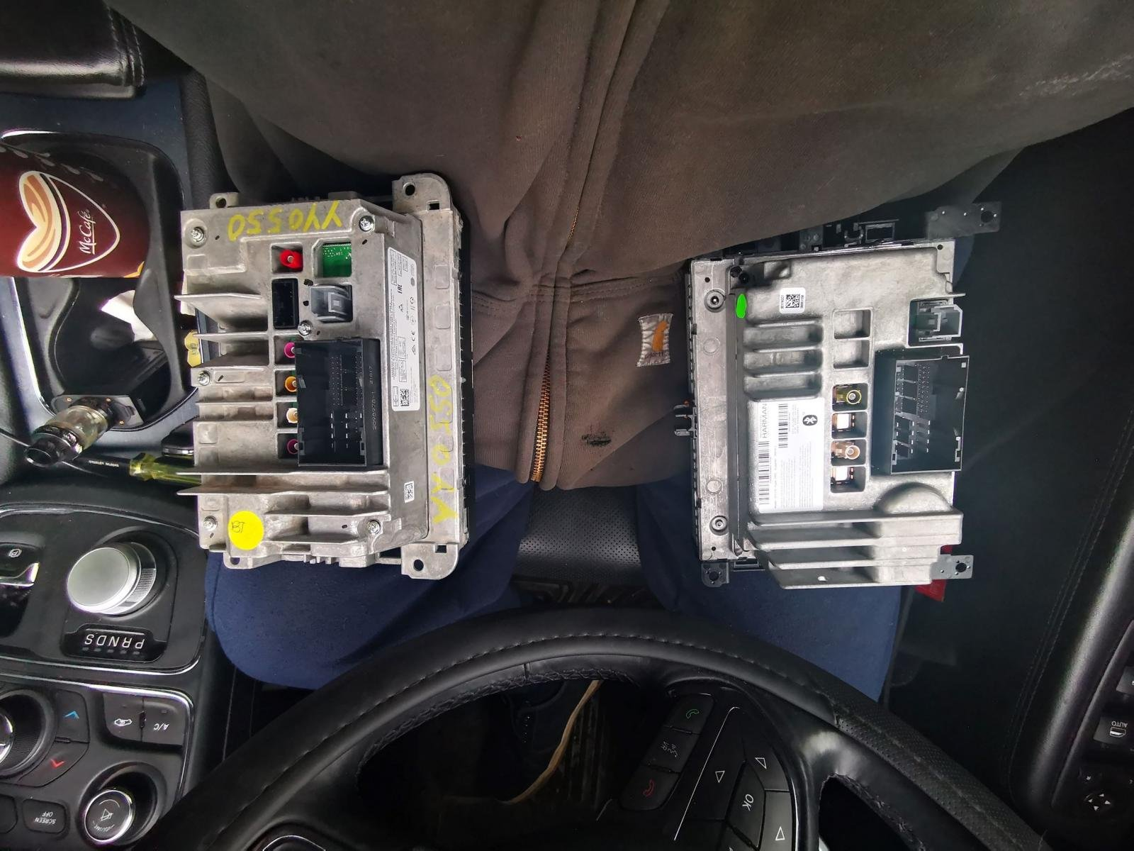 First Uconnect 4C swap? Going to need everyone's help-img_20190528_143149.jpg