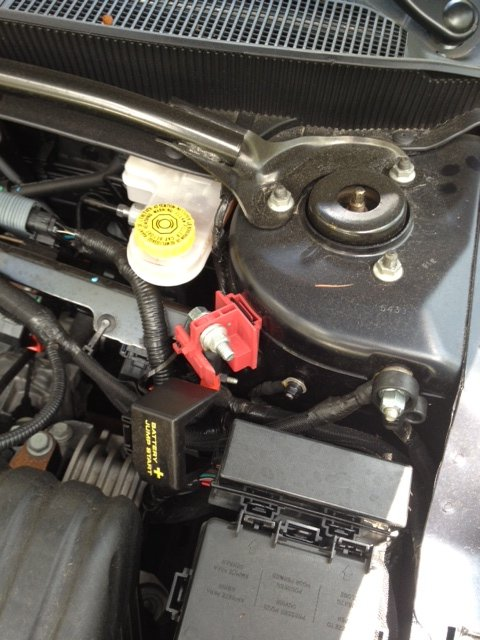 Amp Power Wire Without Drilling Photo on 2008 Dodge Avenger Battery Location