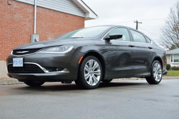 Showcase cover image for Nitrowolf's 2015 Chrysler 200 limited